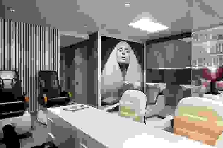 GlamVie. Salon Офисы и магазины в эклектичном стиле от KAPRANDESIGN Эклектичный