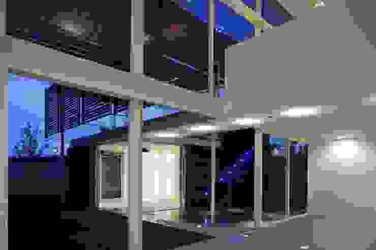Casa Quince Casas minimalistas de Echauri Morales Arquitectos Minimalista