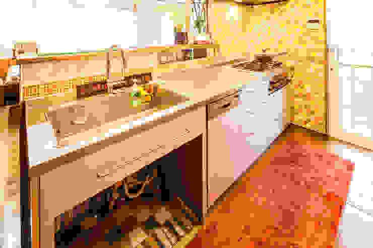 小物使いが素敵なお家 オリジナルデザインの キッチン の 株式会社コリーナ オリジナル