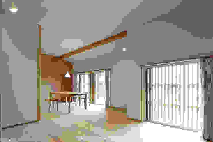 山道勉建築 Walls Wood White