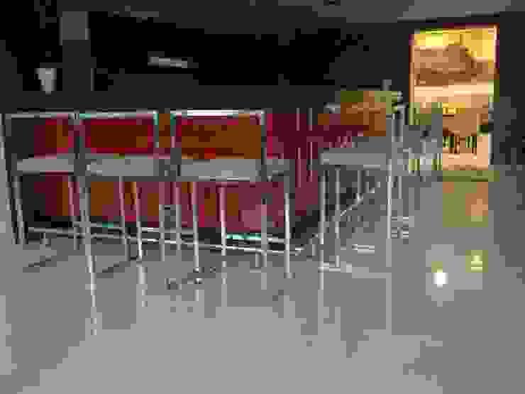 Hotel Reiss Modern Bar & Kulüpler Otelyx Dizayn Ltd.Sti. Modern Ahşap Ahşap rengi