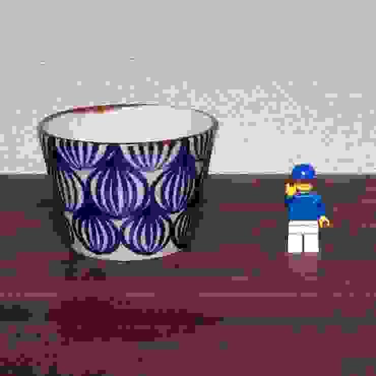 タマネギ柄のそばちょこ: キカキカクが手掛けた現代のです。,モダン 陶器