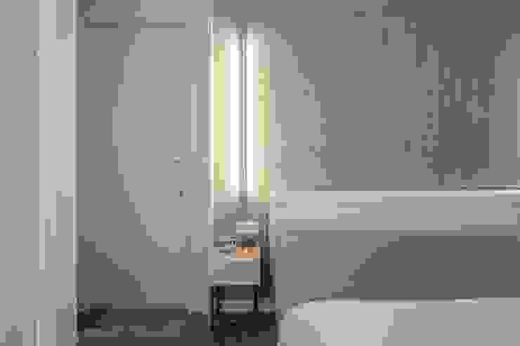 Dormitorio futurista Dormitorios de estilo ecléctico de Laura Yerpes Estudio de Interiorismo Ecléctico