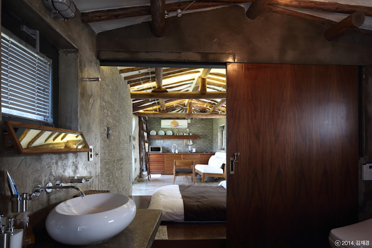 Salle de bain rustique par Z_Lab Rustique