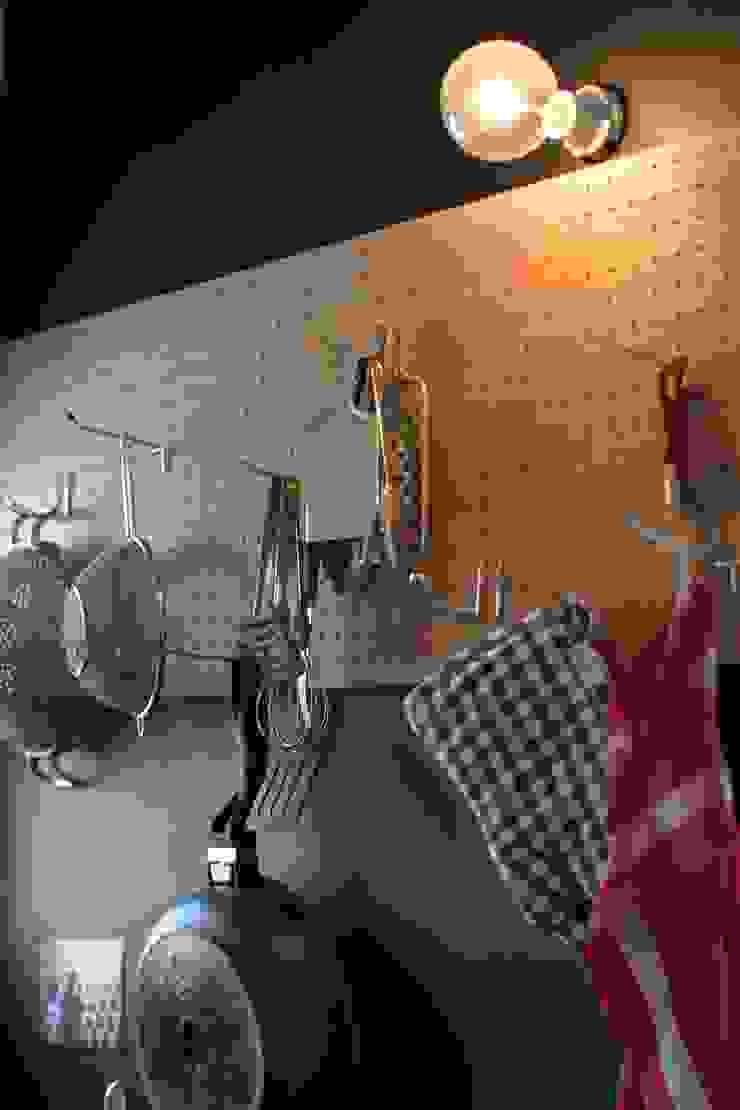 90平米のワンルーム インダストリアルデザインの キッチン の HOUSETRAD CO.,LTD インダストリアル