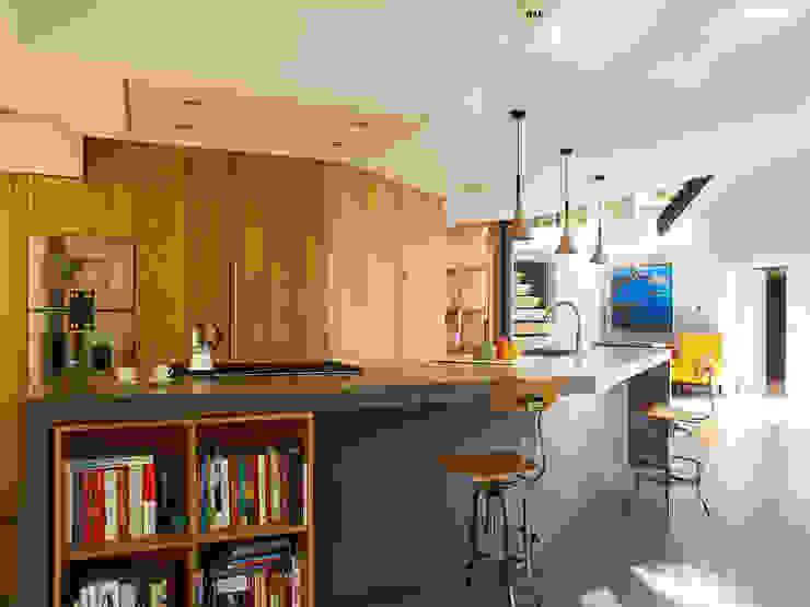 Richmond Nhà bếp phong cách hiện đại bởi Concrete LCDA Hiện đại