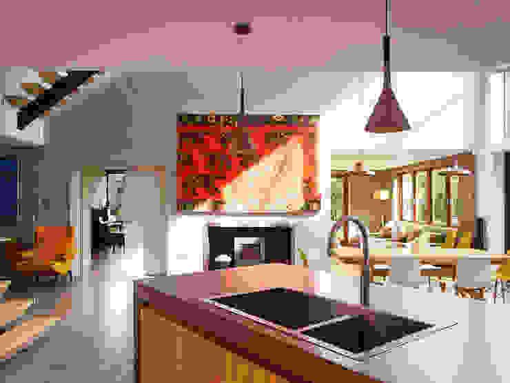 Richmond Cuisine moderne par Concrete LCDA Moderne