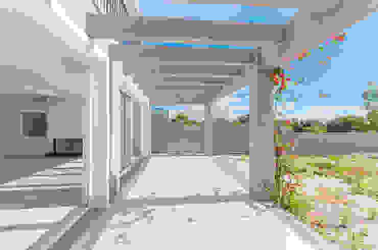 Casas Novas Varandas, alpendres e terraços modernos por ME Fotografia de Imóveis Moderno