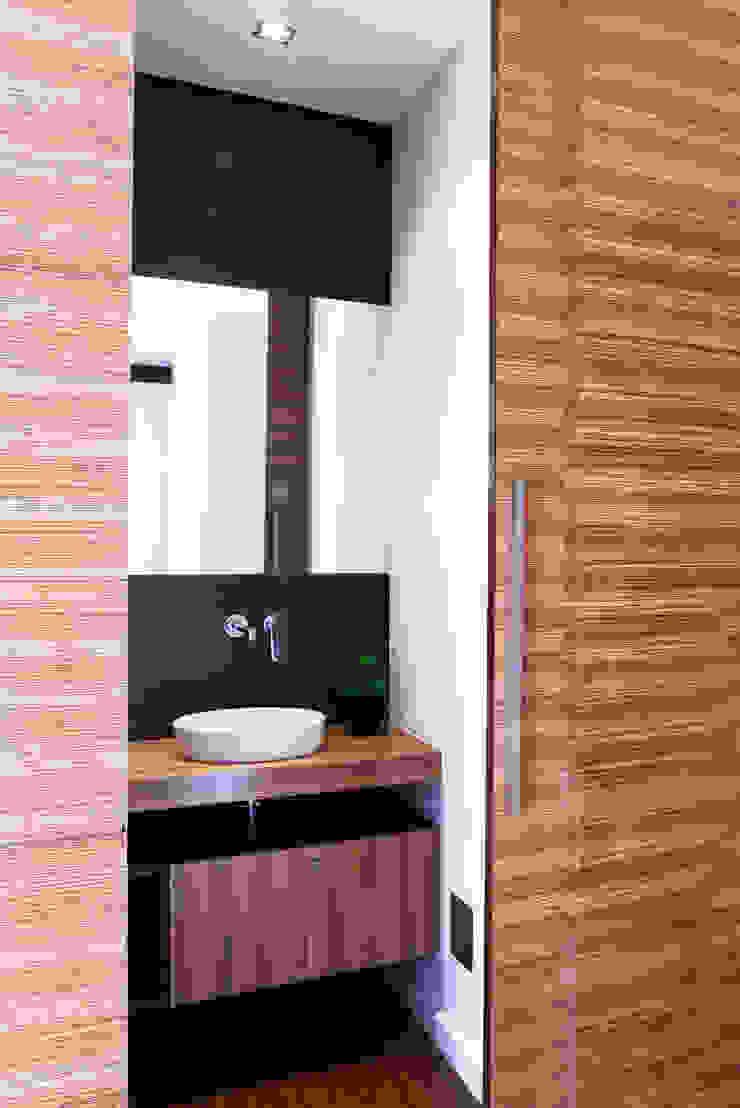 I.S. Social Casas de banho modernas por Spacemakers Moderno