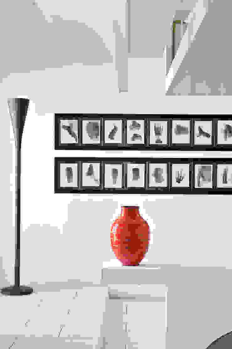 by Ruiz Velázquez Minimalist Pottery