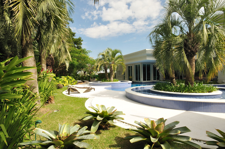 Jardins tropicais por alexandre galhego paisagismo Tropical