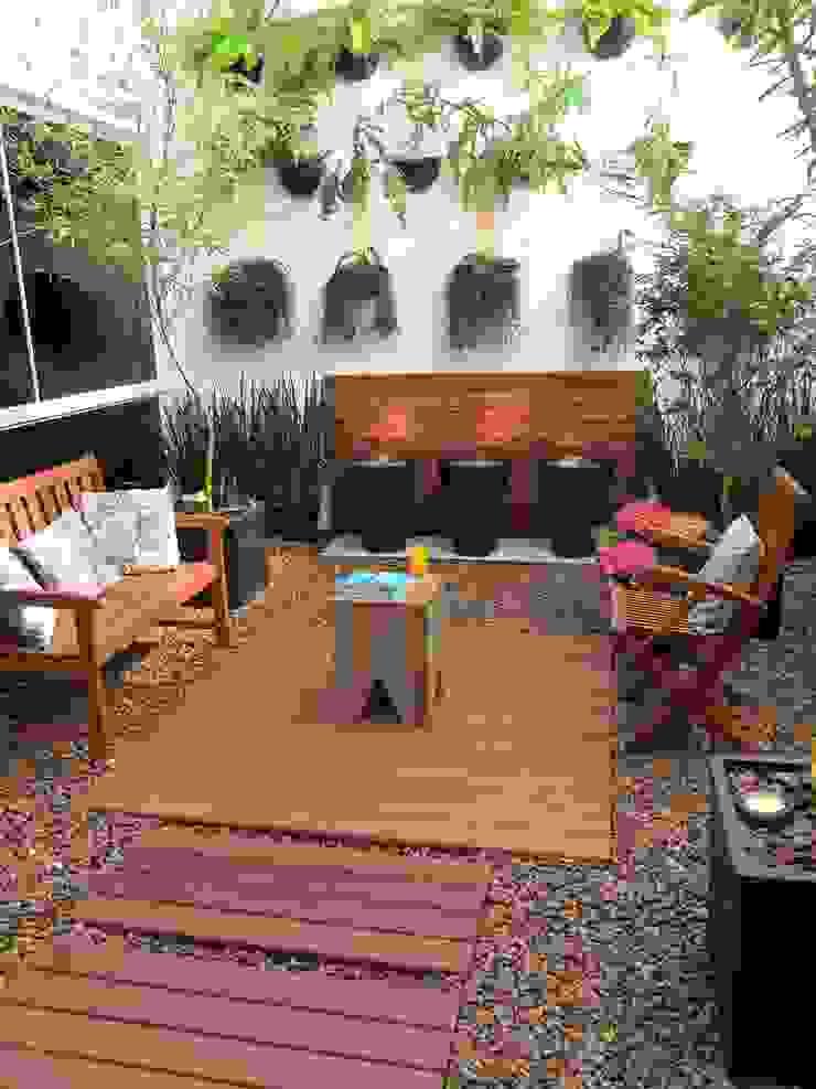 Nowoczesny ogród zimowy od Eduardo Luppi Paisagismo Ltda. Nowoczesny