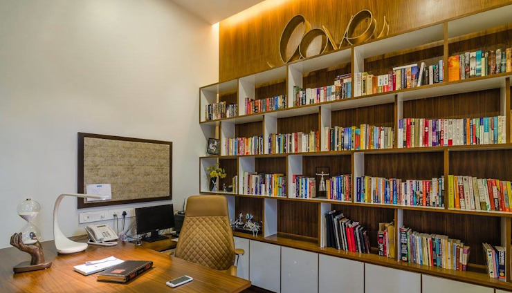 Nahata Residence. Modern study/office by In-situ Design Modern