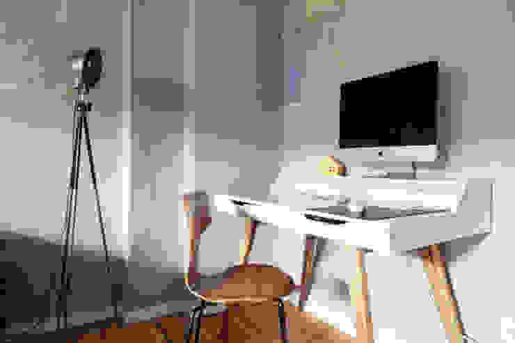 Apartment Berlin Julia Kosina Interior Design & Innenarchitektur Moderne Arbeitszimmer