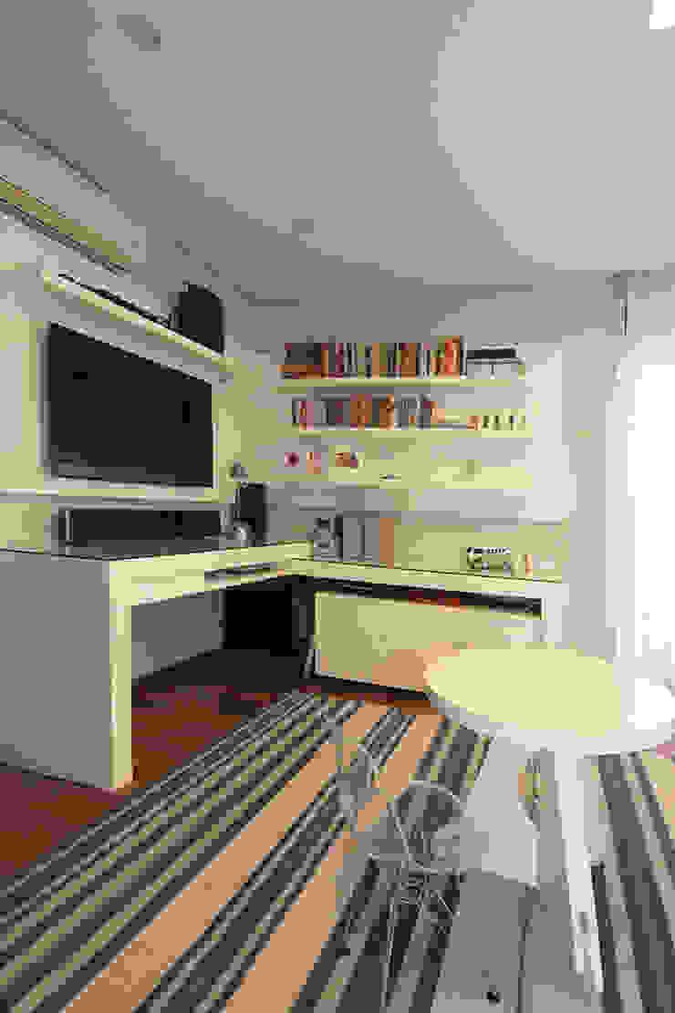 Apartamento em Pinheiros Quarto infantil moderno por Officina44 Moderno
