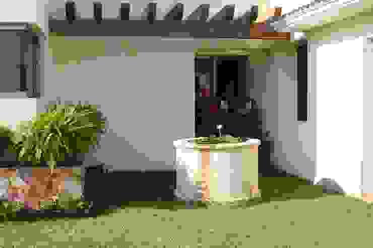 Rustic style garden by EcoEntorno Paisajismo Urbano Rustic