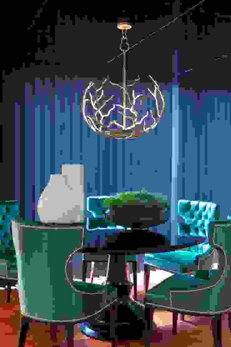Salle à manger originale par Manuel Francisco Jorge interior Design Studio Éclectique