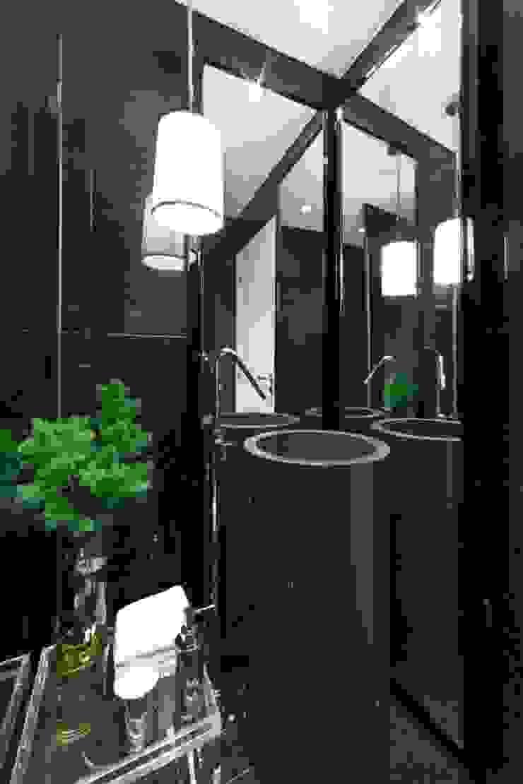 Salle de bain originale par Manuel Francisco Jorge interior Design Studio Éclectique