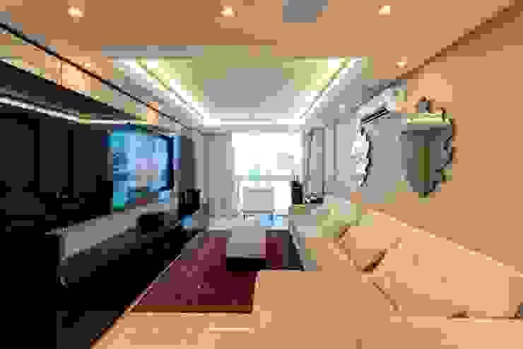 Apartamento Centro por Cristine V. Angelo Boing e Fernanda Carlin da Silva Moderno