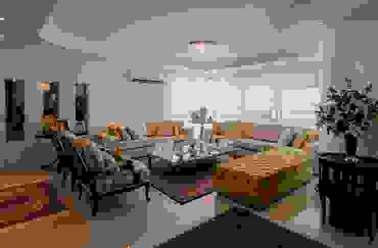 Apartamento Centro por Cristine V. Angelo Boing e Fernanda Carlin da Silva Clássico