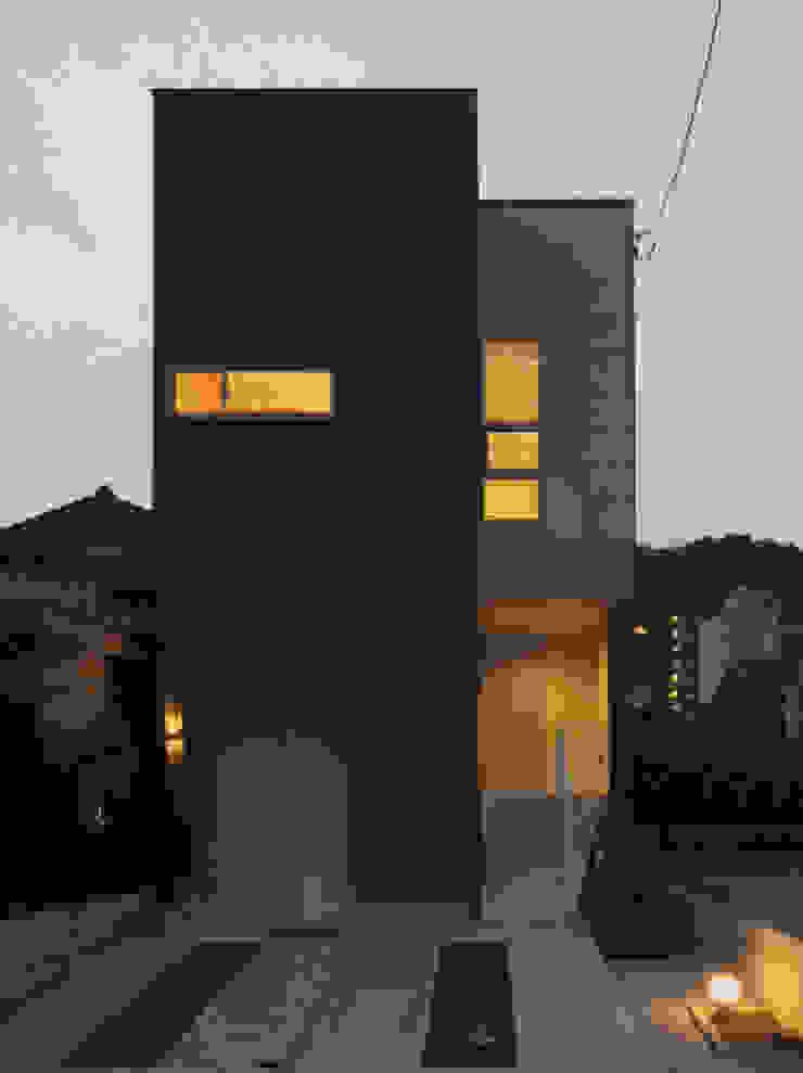 牛田早稲田の家 House in Ushitawaseda: CAF垂井俊郎建築設計事務所が手掛けた現代のです。,モダン