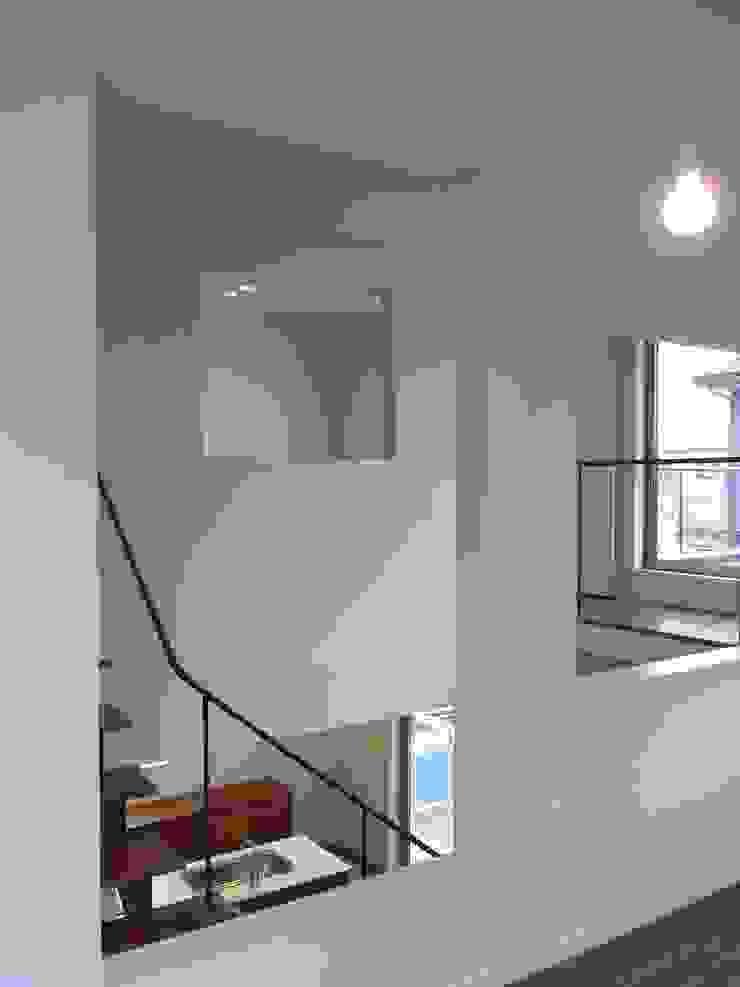 市川設計スタジオ Salle multimédia moderne