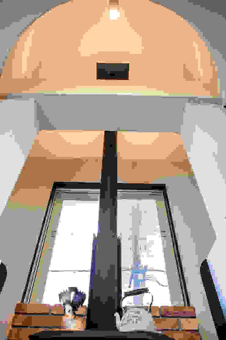 明るく温かい空間 オリジナルデザインの ダイニング の 株式会社コリーナ オリジナル