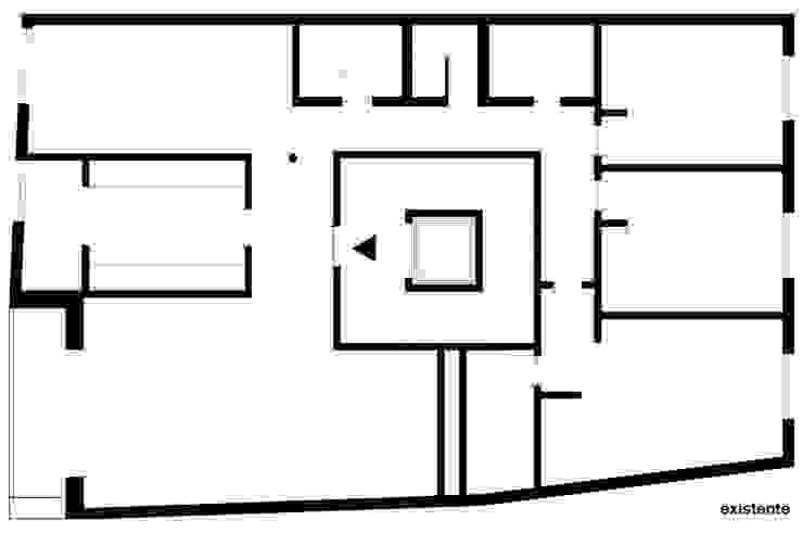 planta do apartamento antes da remodelação Casas minimalistas por feedback-studio arquitectos Minimalista