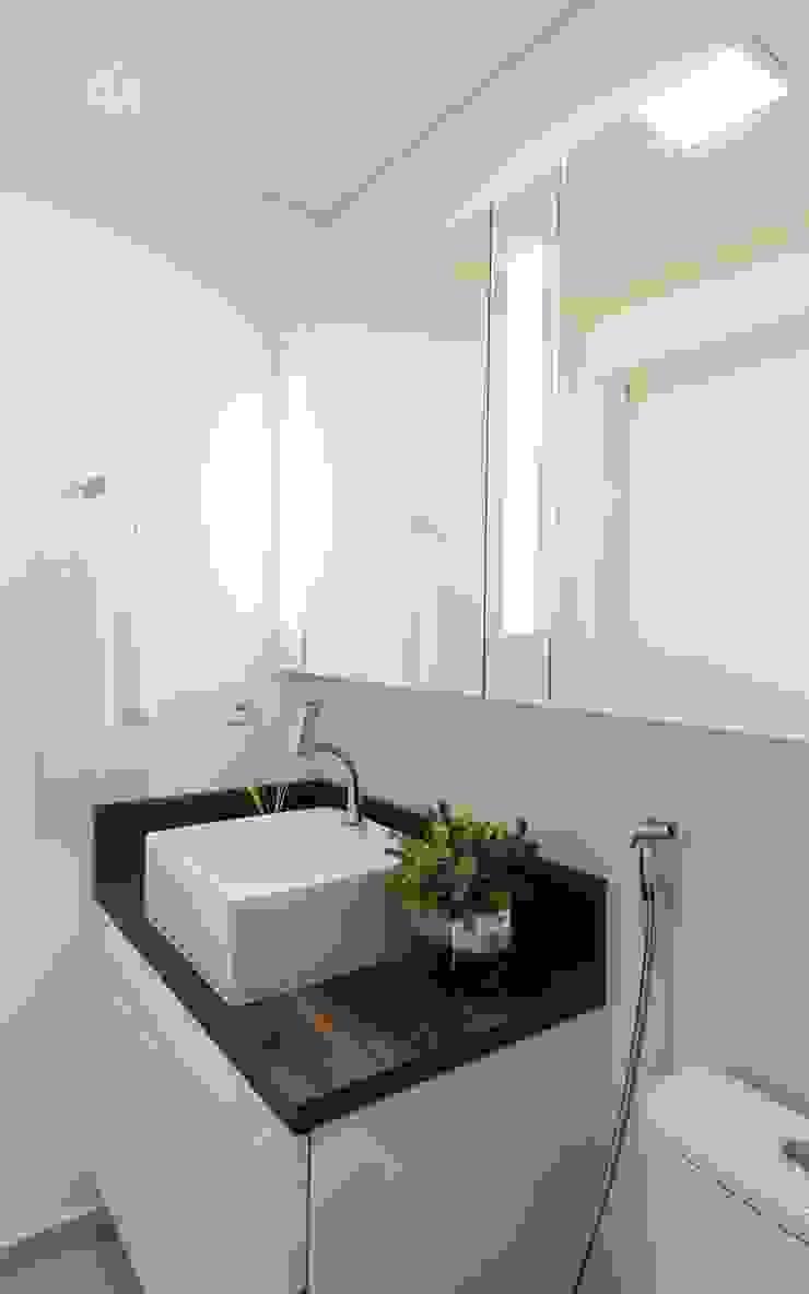 Apartamento Centro – Florianópolis por Cristine V. Angelo Boing e Fernanda Carlin da Silva Moderno