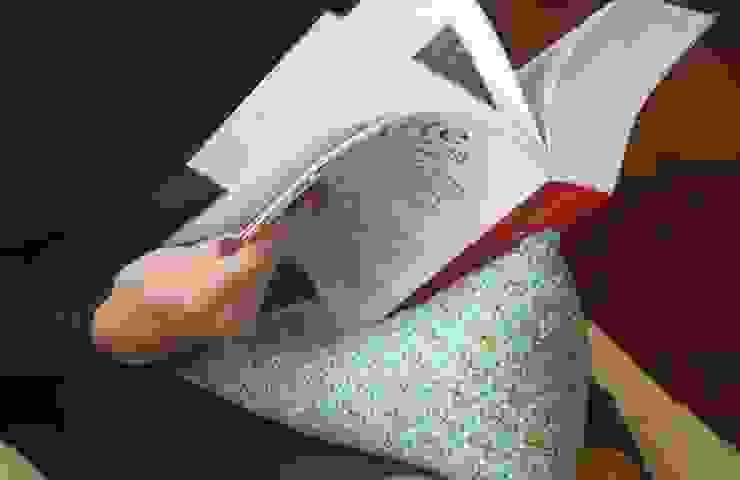 triipi®, almofada para apoiar livros/ipad por triipi® everything pillow Moderno