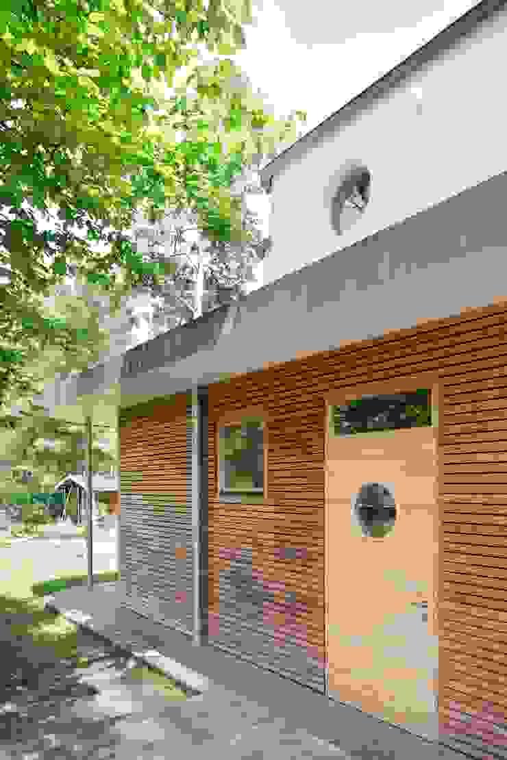Atelierhaus in Königswusterhausen Ausgefallene Häuser von Müllers Büro Ausgefallen