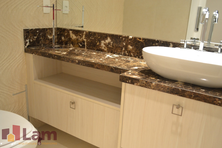 Banheiro Banheiros modernos por LAM Arquitetura   Interiores Moderno