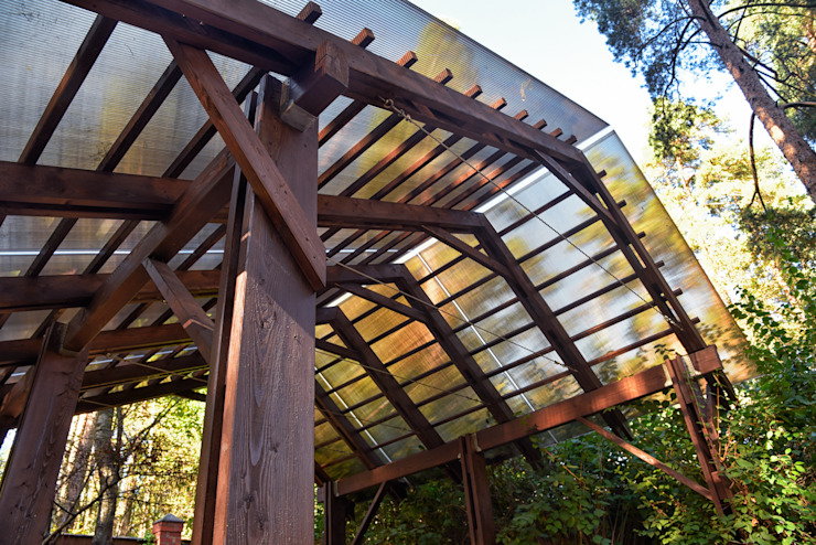 Деревянная беседка в современном стиле Балкон в скандинавском стиле от TB.Design Скандинавский