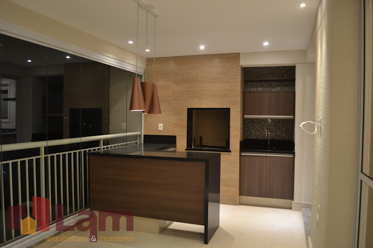 LAM Arquitetura | Interiores Balkon, Beranda & Teras Modern