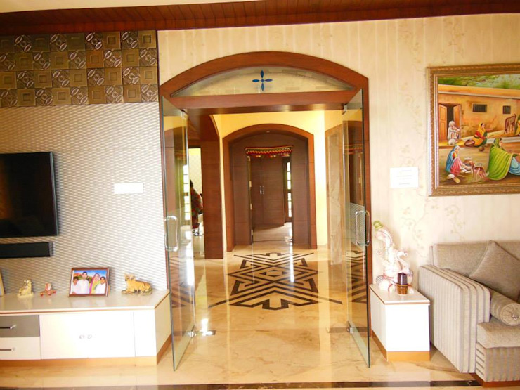 Residence. Modern corridor, hallway & stairs by Rita Mody Joshi & Associates Modern