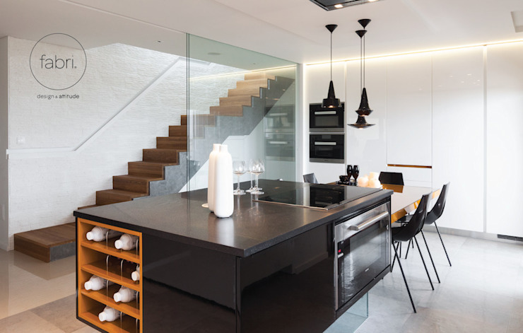 Style and substance Modern kitchen by FABRI Modern