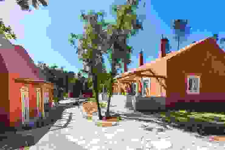 Jardines de estilo  por SegmentoPonto4, Rural