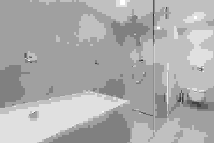 ISLABAU constructora Rustic style bathroom