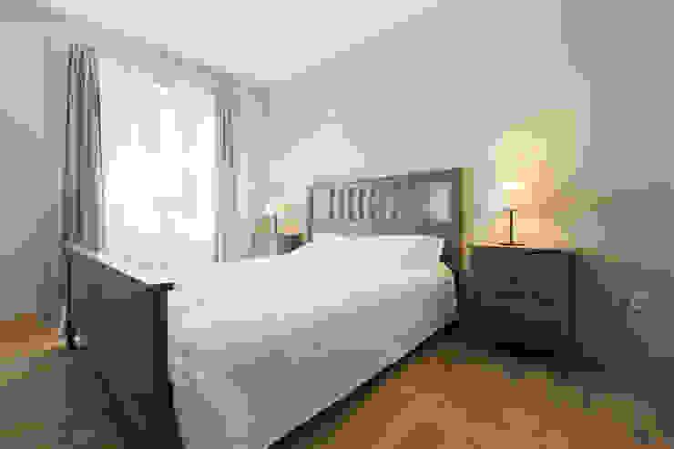 Rustic style bedroom by ISLABAU constructora Rustic
