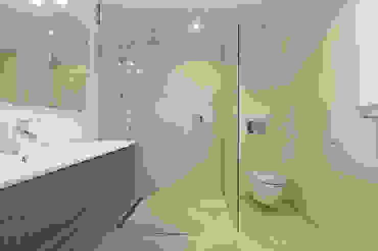 Casas de banho rústicas por ISLABAU constructora Rústico