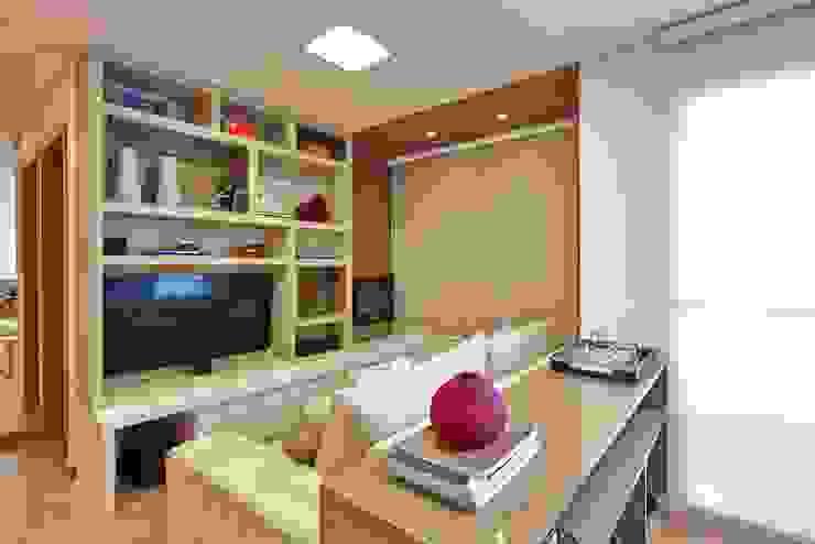 apê rf Salas de estar modernas por grupo pr   arquitetura e design Moderno