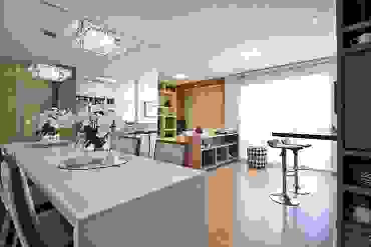 apê rf Salas de jantar modernas por grupo pr   arquitetura e design Moderno