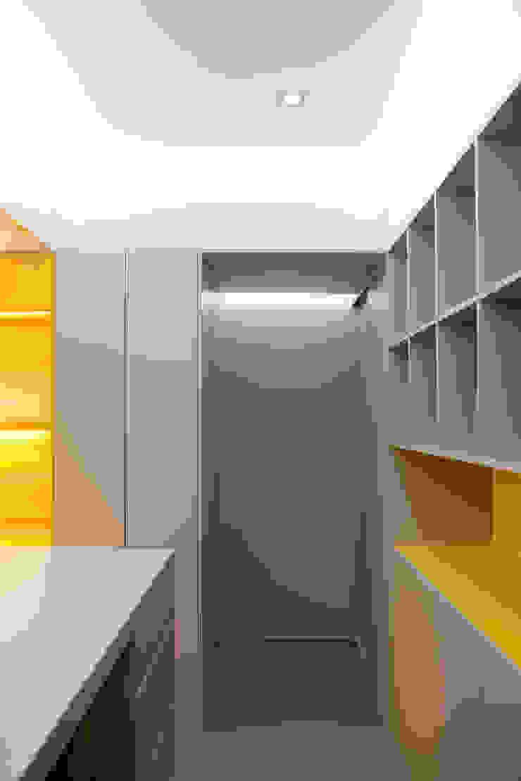 QUIOSQUE PLATAFORMA ZERO Lojas e Espaços comerciais minimalistas por A2OFFICE Minimalista