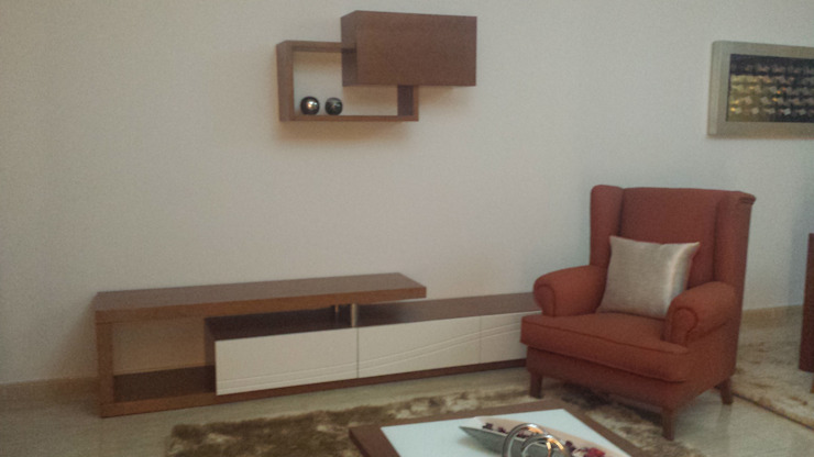 Decoracoes Gina, Lda Living roomTV stands & cabinets