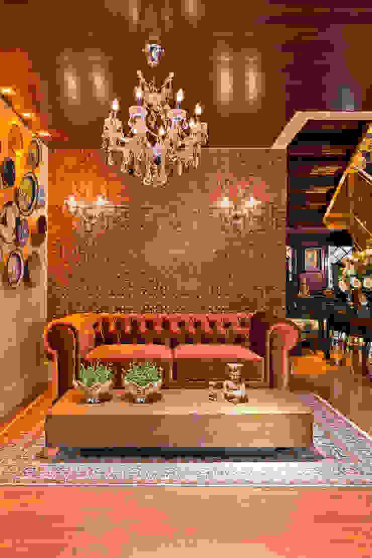 ESTAR DE BOAS-VINDAS - Mostra Morar Mais Salas de estar clássicas por Estúdio Pantarolli Miranda - Arquitetura, Design e Arte Clássico