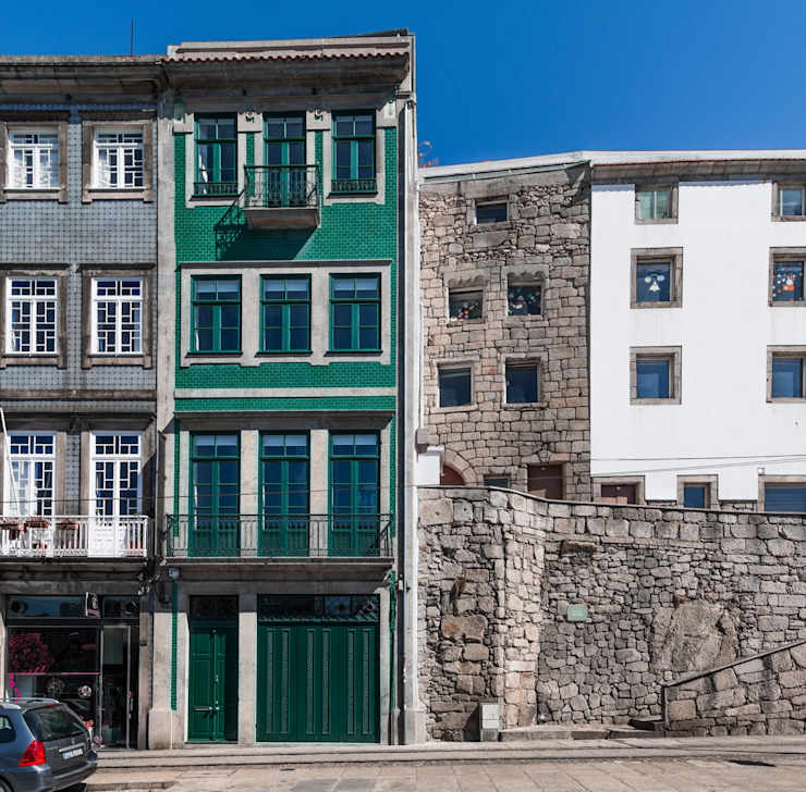 """""""Pier 67"""" Casas modernas por Arpadór, Arquitectos e Associados, lda Moderno"""