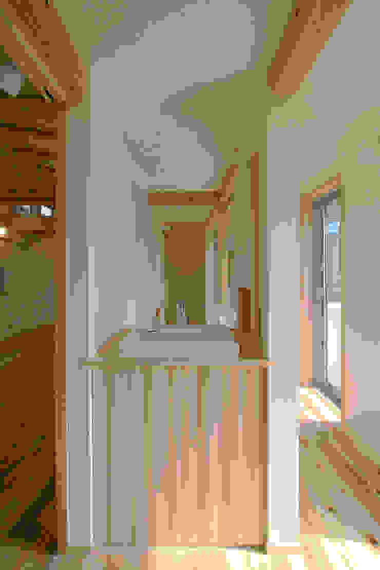 飾らない家/フレキシブルな空間 オリジナルスタイルの お風呂 の 加藤淳一級建築士事務所 オリジナル