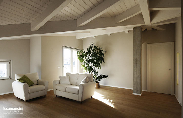 Salas / recibidores de estilo  por Luca Mancini | Architetto,