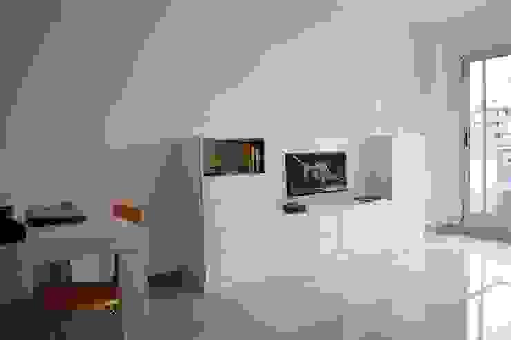 Placa de TV + guardado. de MINBAI Moderno Madera Acabado en madera