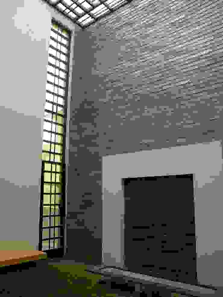Prashanth's Residence Modern houses by ICON design studio Modern
